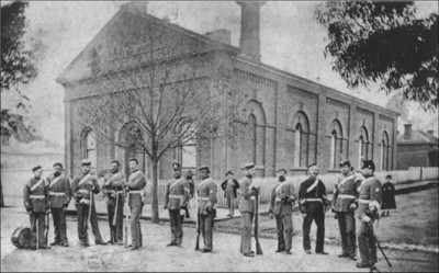 VCIAI-Volunteers-outside-the-Old-Castlemaine-Drill-Hall-c1868JPG-400x249